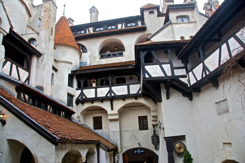 Zamek Drakuli w Rumunii Radosław Kasperski00010