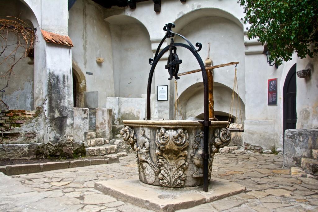 Zamek Drakuli w Rumunii Radosław Kasperski00011