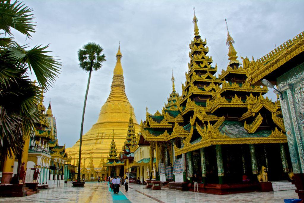 Birma pagoda - Radosław Kasperski